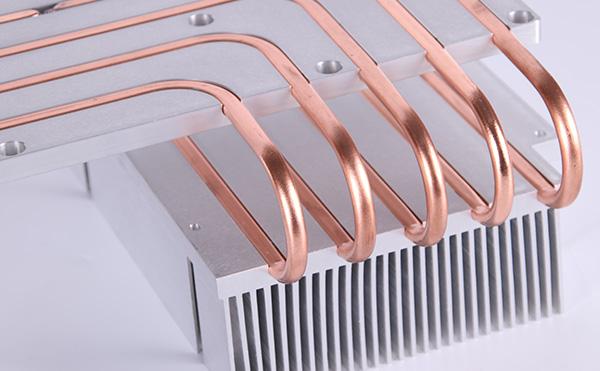 热管散热器的工作原理主要是怎样